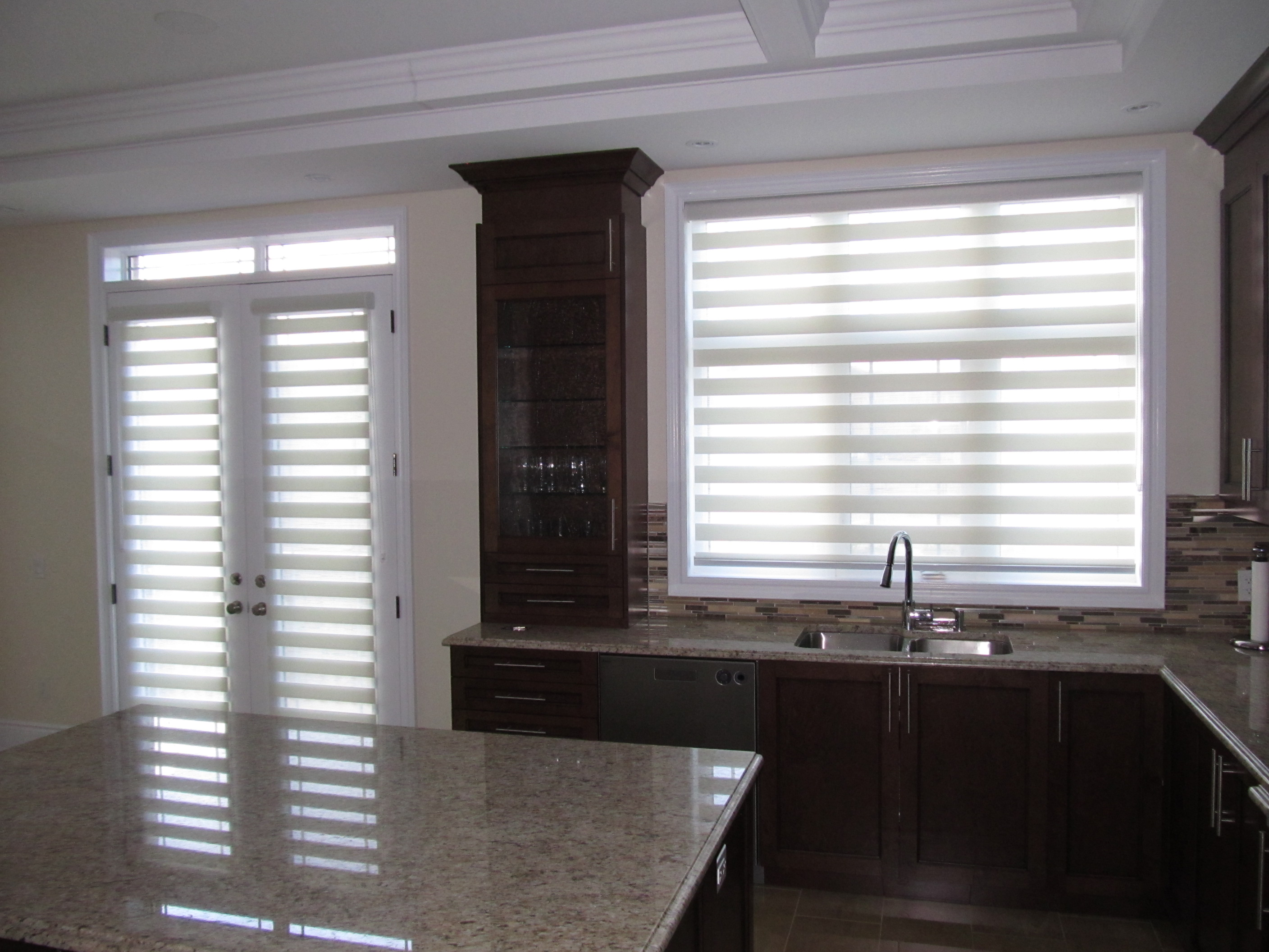 mov blinds combo blind watch boat youtube banded axe shore